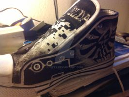 Another view of my Legend of Zelda shoes :) by Yitty