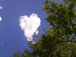 Heart Cloud by audreyhepburnluv97