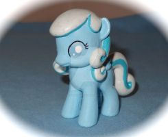 Custom Pony: Snowdrop by HeyLookASign