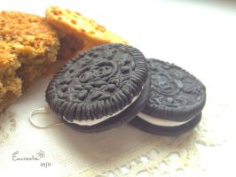 Oreo Earrings by Eminentia