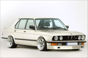 Stanced E28 by GTStudio