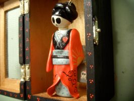 geisha side view by alteredboxes