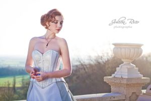 Silver overbust corset by Esaikha