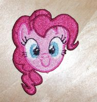 Pinkie Pie's Face by EthePony