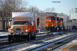 BNSF Intermodal and MOW LV 0010 12-18-13 by eyepilot13