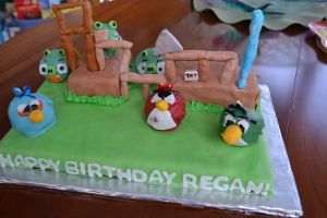 Angry Bird Cake1 by Lilswimmer325