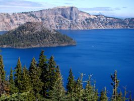 Crater Lake and Wizard Island by Geotripper