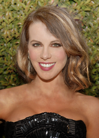 Kate Beckinsale Retouch by HayleyGuinevere