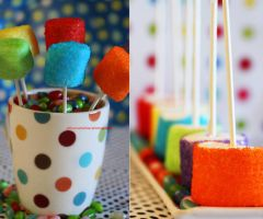 Simple Marshmallow Pops by theresahelmer