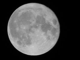 Full Moon Grayscale by stardust4ever