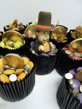Prof. Layton cupcakes by I-am-Ginger-Pops