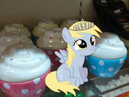 Derpy Queen Of The Muffins by SunTwirler