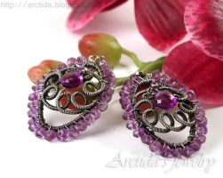 *Niolle* Amethyst earrings by Arctida