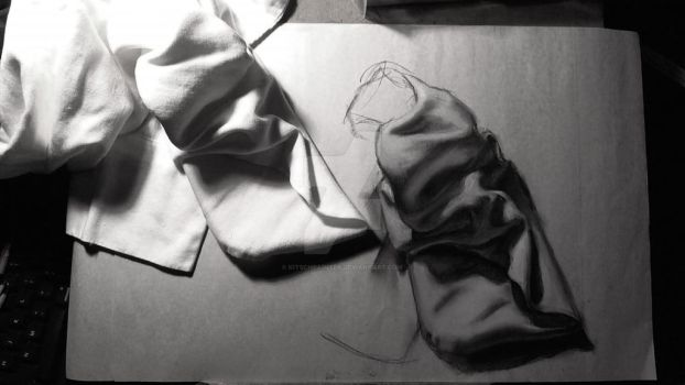 Cloth study by kitschpainter