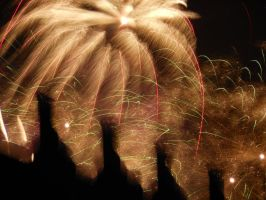 Fireworks over the Thames by Jade-Rat