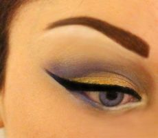 Winter Holiday Eye Makeup by Anesthetic-X