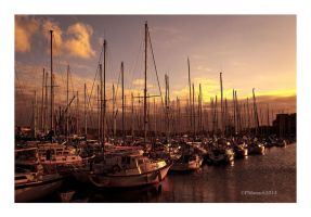 Port toujours endormi... by Douce-Amertume