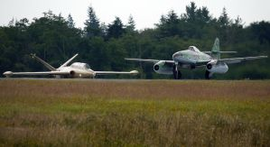 Me-262A-1C and CM-170 Taxi by shelbs2