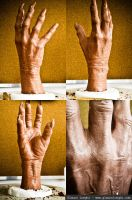 monster hand prosthetic by glaucolonghi