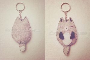 Grey fox plushie keychain by Sheepili