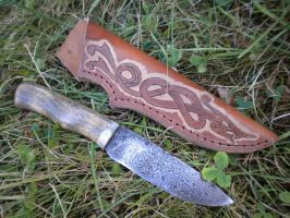 damascus camping knife by hellize