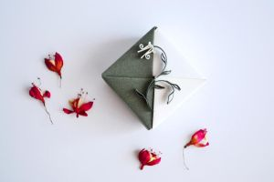 Origami Gift Box Green White Floral Quilling by ReverseCascade