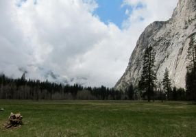 Yosemite Valley by Jshei