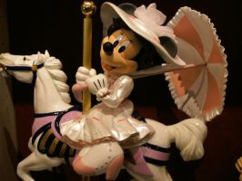 Carousel Minnie by Minnie-Mousegirl
