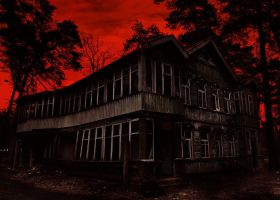 abandoned house by 5-G