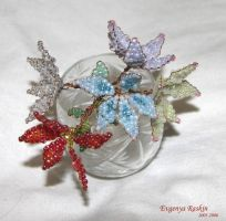 Beaded Flowers craft by Genny-Raskin