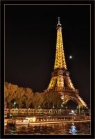Eiffel Tower Lights by squareonion