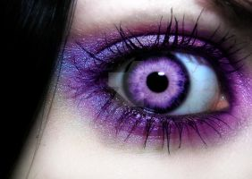 Intense Purple EYE by LT-Arts