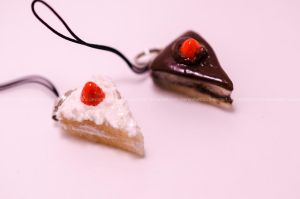 Cake Charms by stereometric