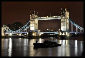 Tower Bridge by Dariaocean