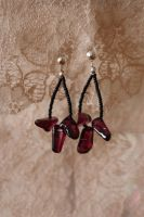 earrings: amethyst dangles by Margotka