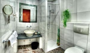 HDR Bathroom by Squadz2000