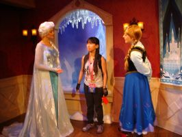 I sing Let It Go to Elsa, Anna and the customers by Magic-Kristina-KW