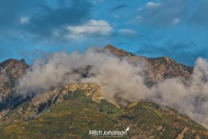 Clouds Around Twin Peaks by mjohanson