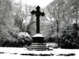 Gothic Cross by doomed-forever
