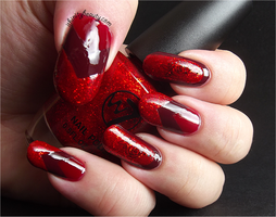 Red nails by Ithfifi