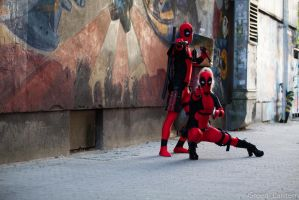 Pew-pew-pew! Deadpool and Lady Deadpool by Misamon