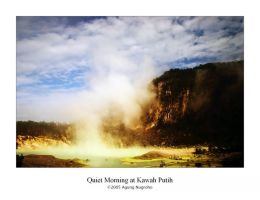 Quiet Morning at Kawah Putih by patul