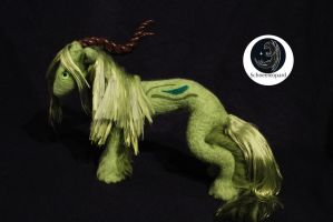 Ethuilea - needle felted spring guardian by Schneeleopard