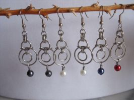 Suspended Circles Chainmail Earrings by Pharewings