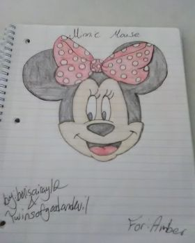 Minnie Mouse by borisairay12
