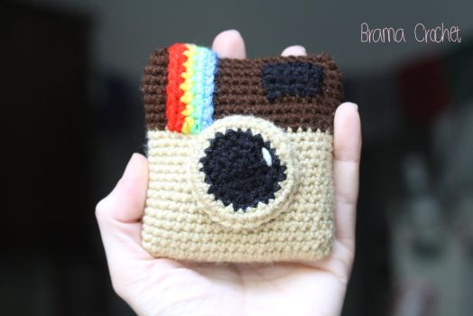 Instagram camera amigurumi crochet by BramaCrochet