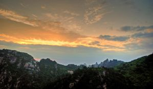 Yellow Mountain Sunrise by NullCoding