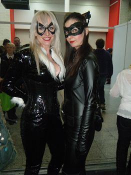 Black Cat and Cat Woman by nanahara7