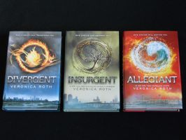 Divergent Trilogy by Kid-Bob