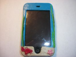 Fishy iPod case front by QueenAliceOfAwesome